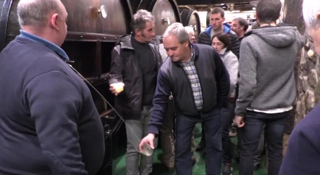 150 000 bat litro sagardo ekoitzi dituzte Urbitarte Sagardotegian