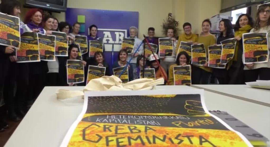 """""""Kapitala hautsi-Bizitzari eutsi"""" izango da LABen leloa martxoaren 8ko greba feministan"""