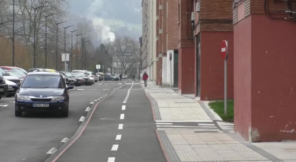 Gurutzeko lurazpiko garajeak eraiki eta urbanizazioa berritzeko lanak astelehenean hasiko dira