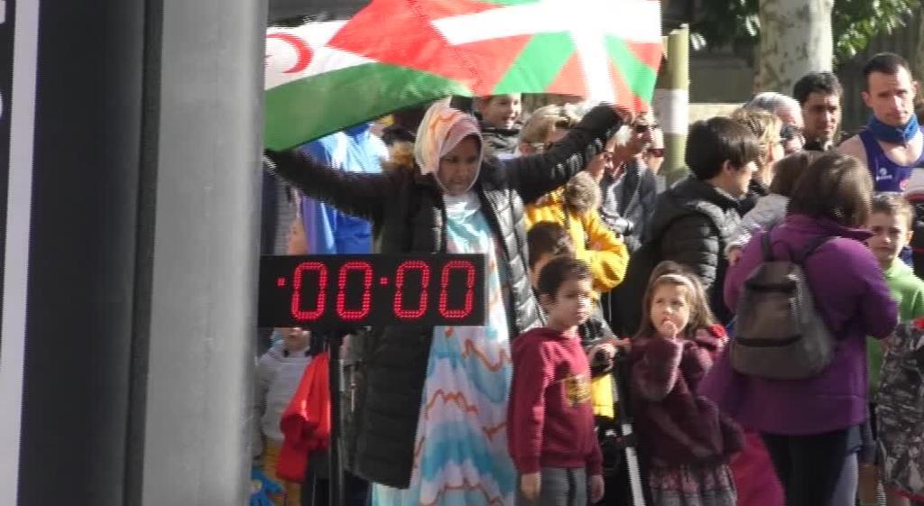 Eguraldi zoragarria izan dute Sahara Kroseko partaideek