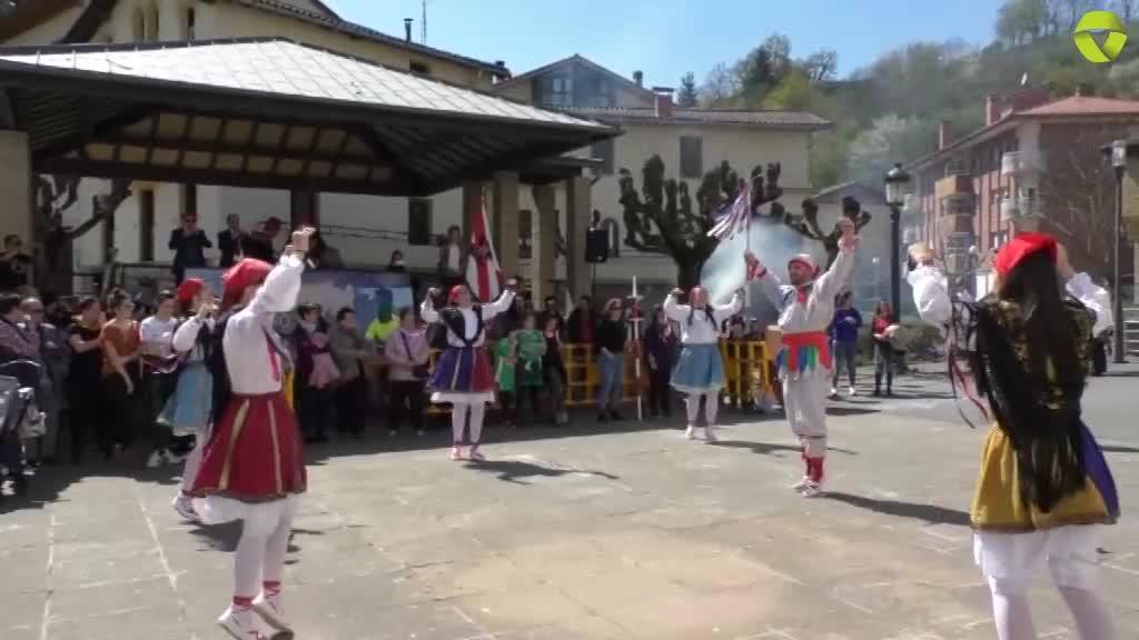 Anaitze-eguna ospatu dute Idiazabal eta Eltziegotarrek