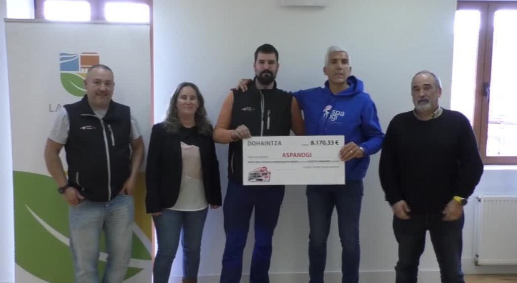 8.170 euroko txekea jaso du Aspanogi Elkarteak Goierri Rallysprintekoen eskutik