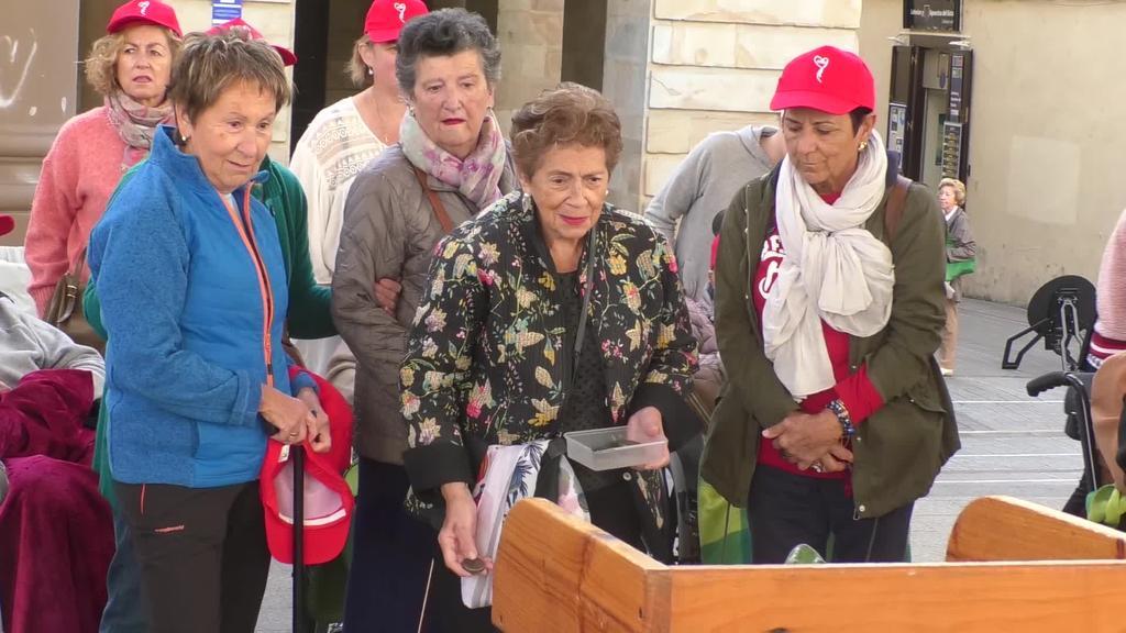 Goazen Ordizia olinpiaden hirugarren edizioa ospatu da eguerdian plazan