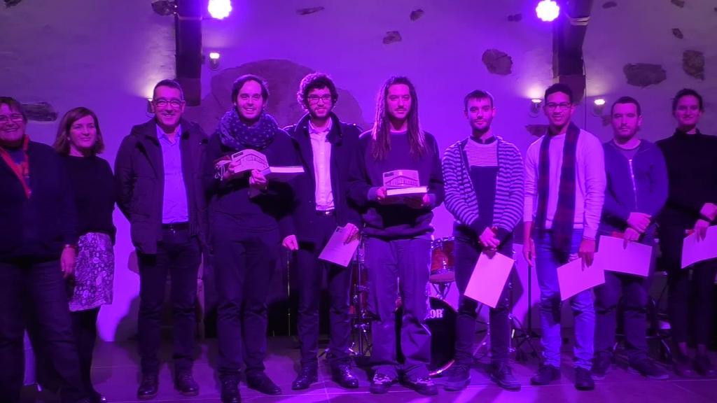 Guillermo Lopezek eta Eolo Landinok jaso zituzten Igartza Musika Bekak