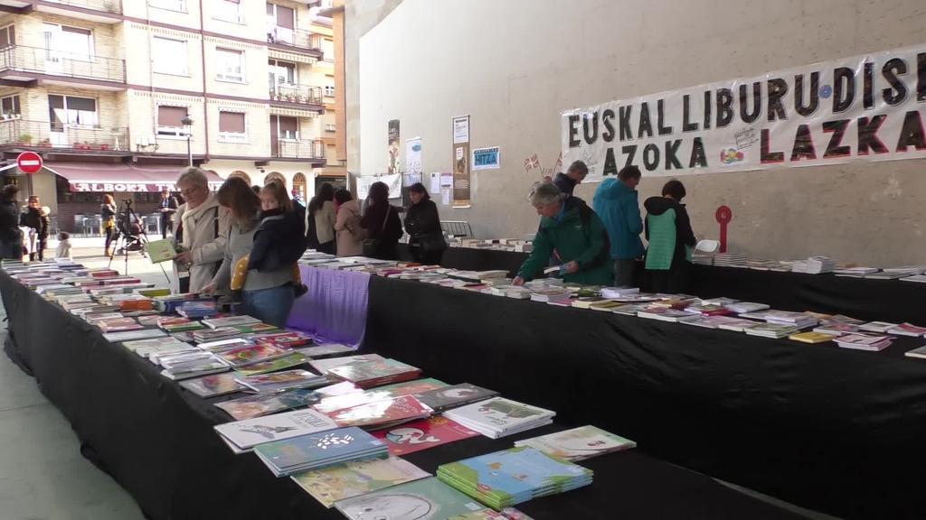 Euskal kultura herritarren esku jarri du beste urte batez Liburu eta Disko Azokak