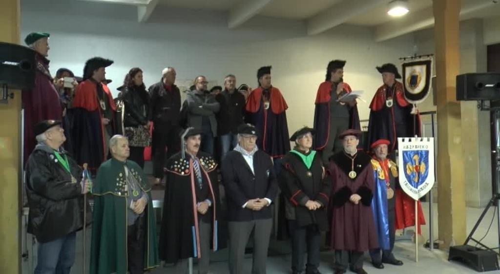 Arrastaka Mendi Taldea eta Ander Gonzalez sukaldaria aurtengo Odolkiaren Ohorezko Kofrade