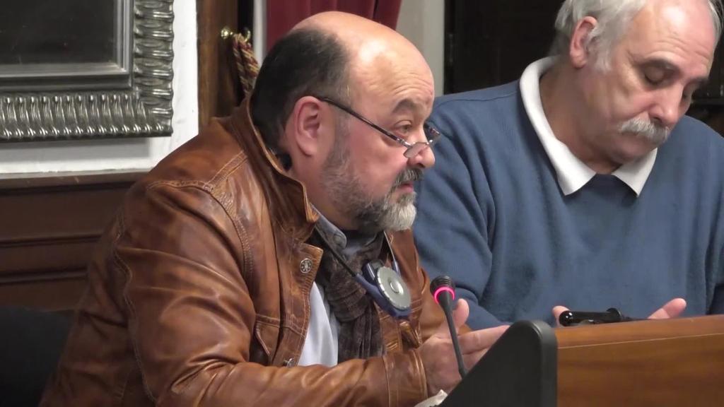 """Iñaki Dubreuil: """"Udal gobernuak oposizioaren lana oztopatzen du"""""""