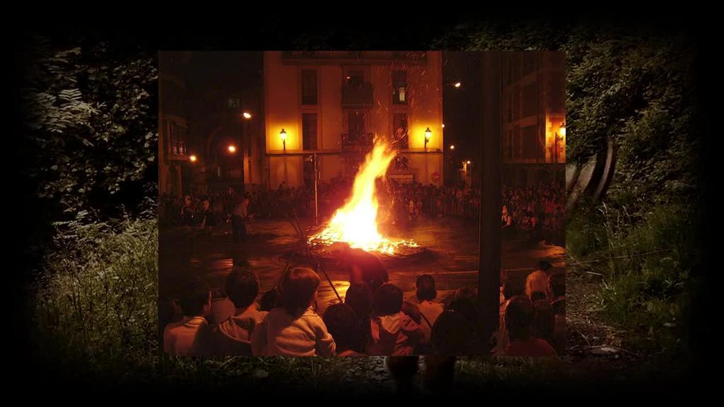 Ordiziako San Joan suaren bideoa
