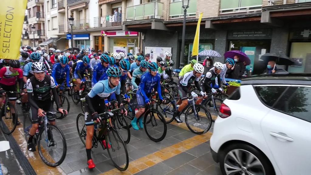 Aiarabike Trek Electro Alavesa taldeko Julen Latorrek lortu zuen garaipena Lazkaoko 77. txirrindulari proban