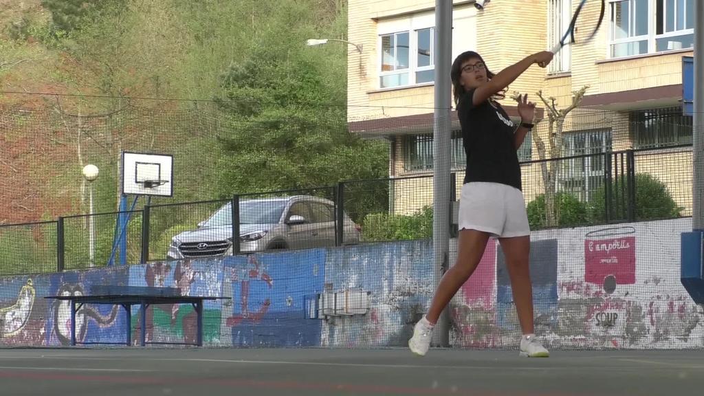 Ane Mintegik Roland Garros Juniorreko bikoteen lehen partida irabazi du