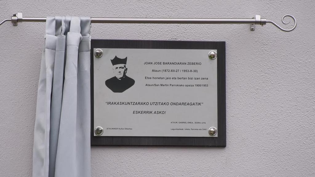 Joan Jose Barandiaran Zeberiori eskertza omenaldia egin diote Ataungo Gabrielenea etxean