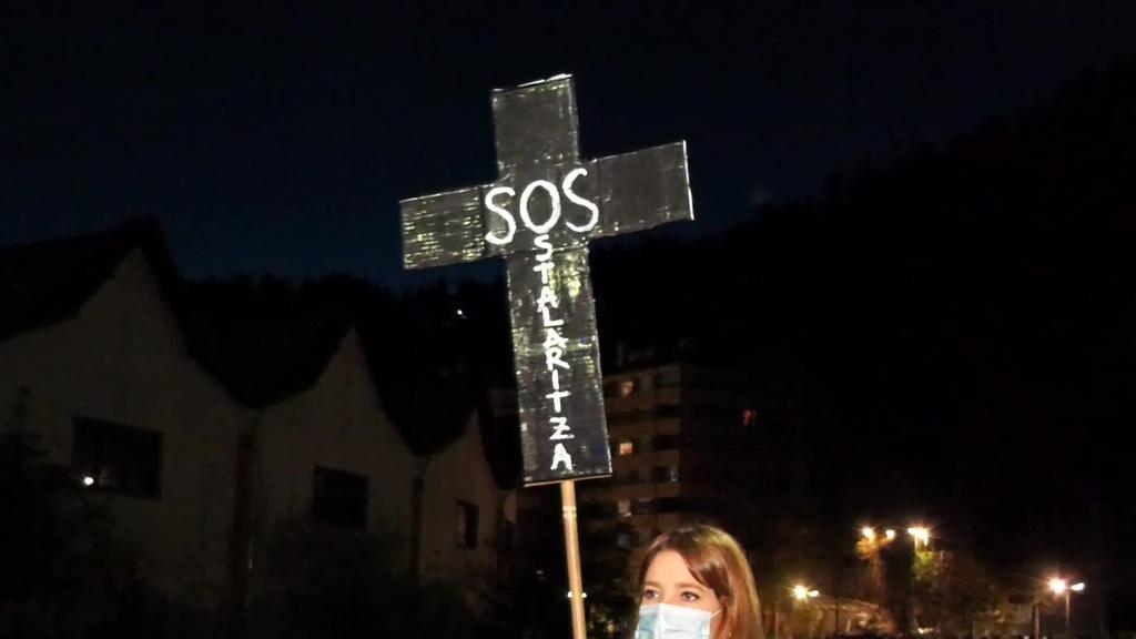 Goierriko ostalari, merkatari eta zerbitzu sektoreak manifestazioa egin zuten