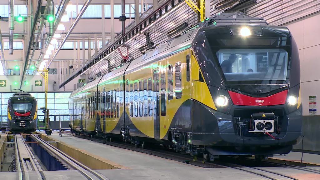 Pariseko metropolirako 146 tren ekoiziko ditu CAF-ek