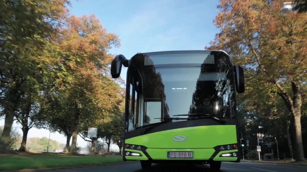 CAF-eko filiala den Solaris enpresak autobusak hornitzeko kontratuak lortu ditu Errumania eta Italian