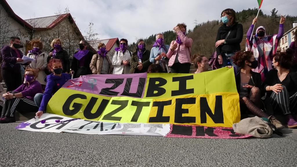 Euskal Herriko emakumeen mundu martxa Goierrira iritsi da