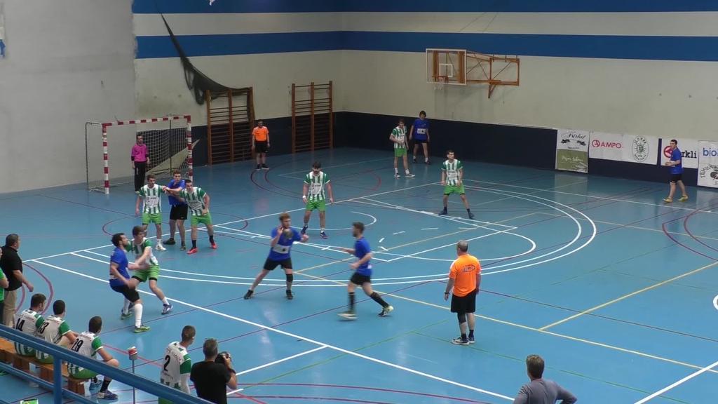 Futbolak eta eskubaloiak betetzen du asteburuko bailarako kirol agenda