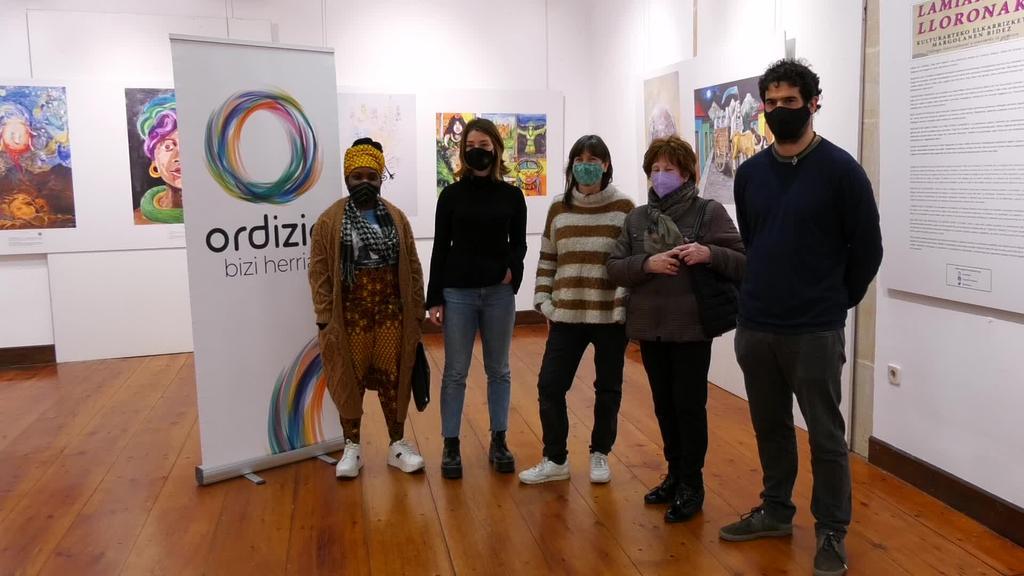 Ordiziako Barrena erakusketa aretoan  'Lamiak eta Lloronak' erakusketa inauguratu dute