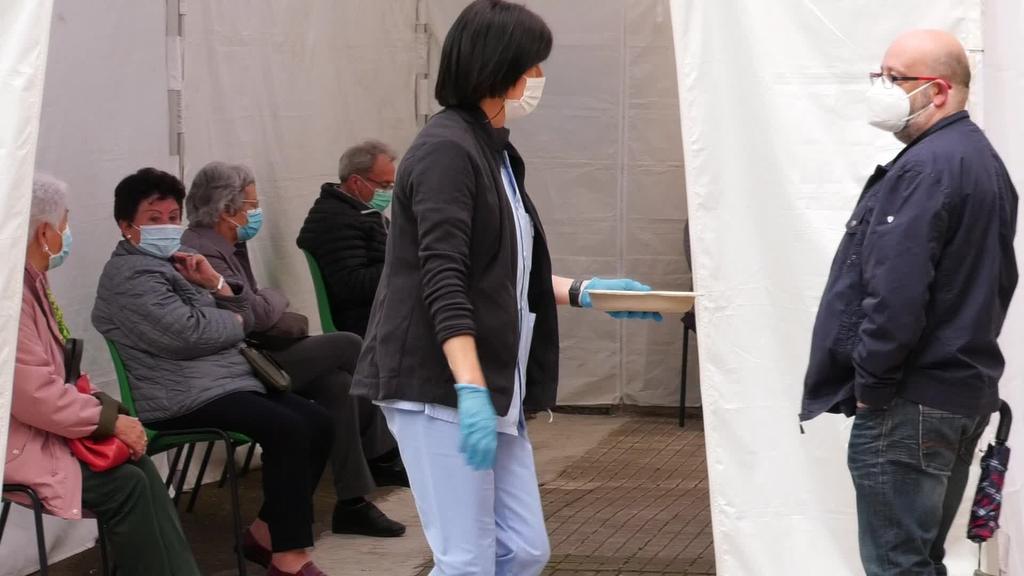 80 eta 90 urte bitarteko goierritar guztiek txertoaren lehen dosia jaso dute