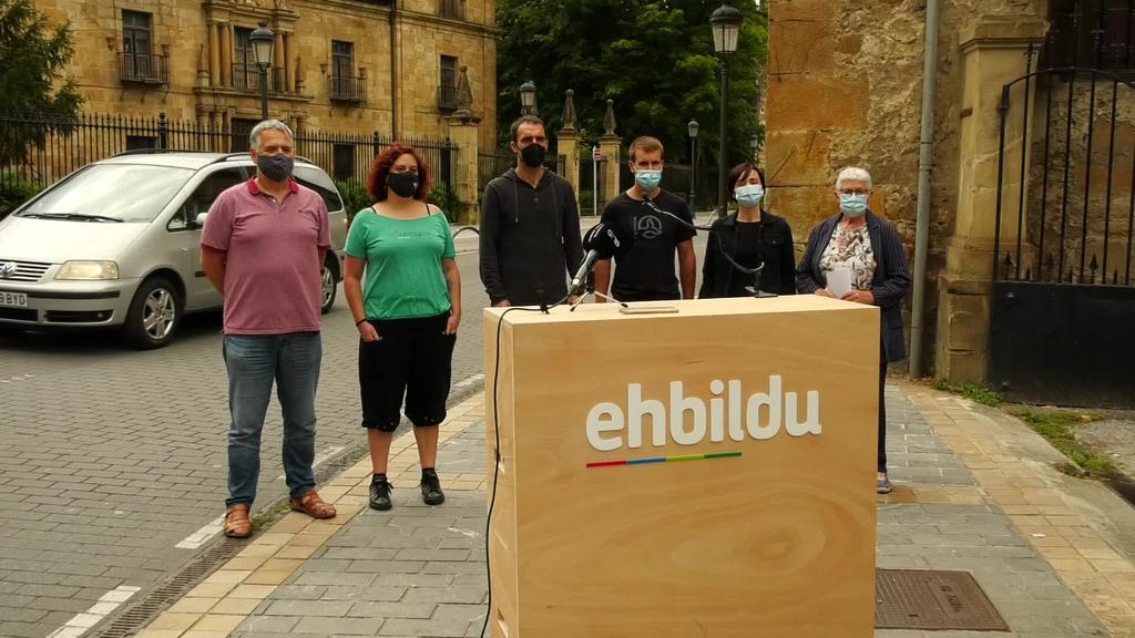 Lazkaoko EHbilduk agerraldia egin zuen legealdiko bi urteren balorazioa egiteko