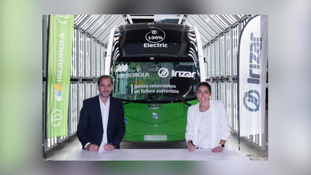 Irizarrek, Irizar e-mobility filialak eta Iberdrolak azkartu egin  dute mugikortasun elektrikoaren aldeko apustua