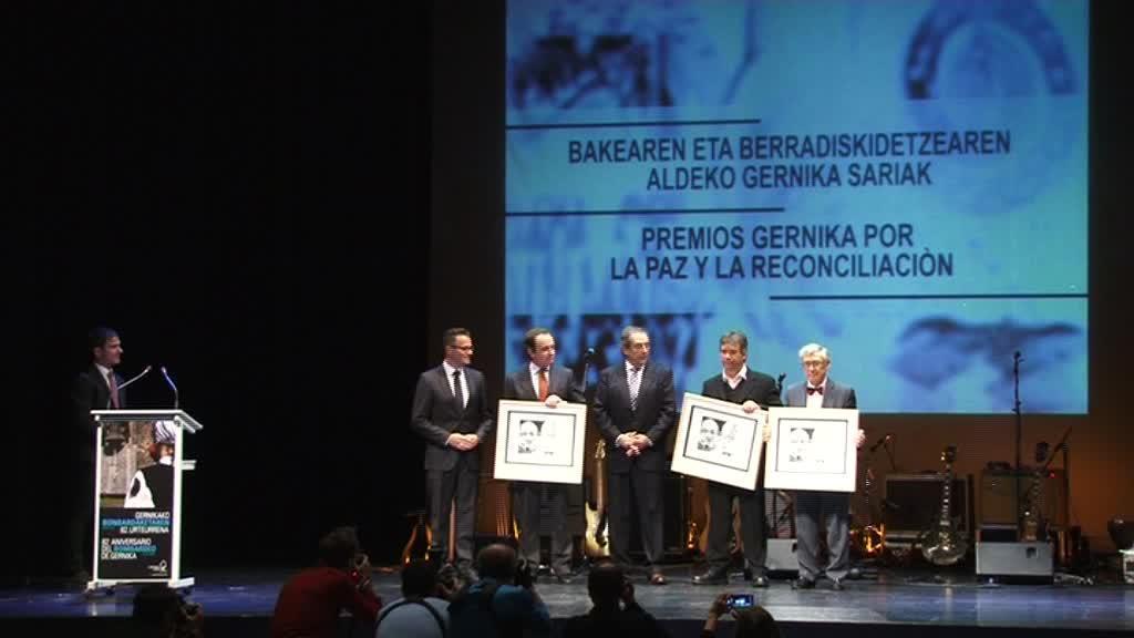BAKEAREN ETA BERRADISKIDETZEAREN ALDEKO XV. SARIAK