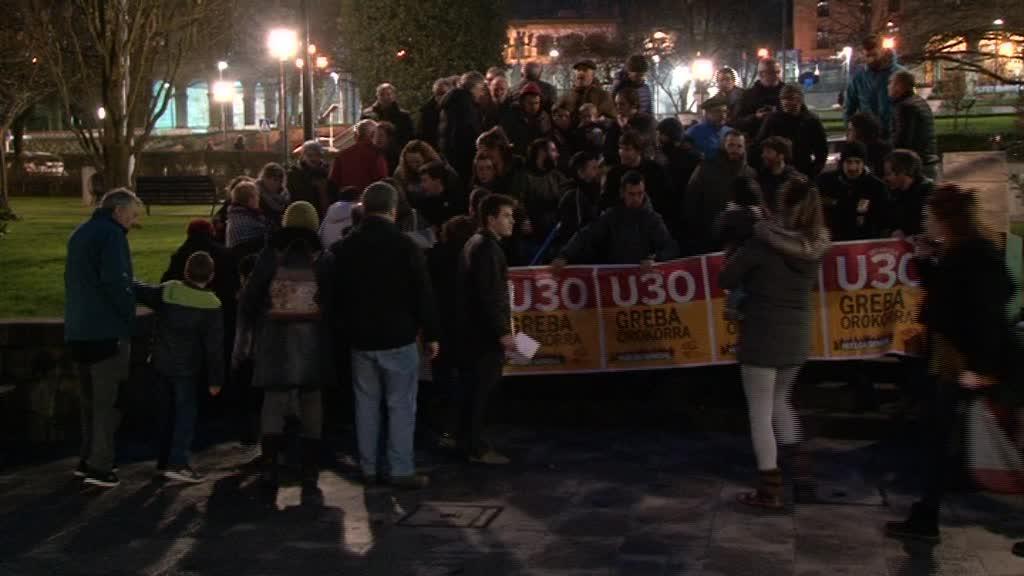 Urtarrilaren 30 eko Greba Orokorrarekin bat egiteko deia egin dute Karta Sozialeko kideek