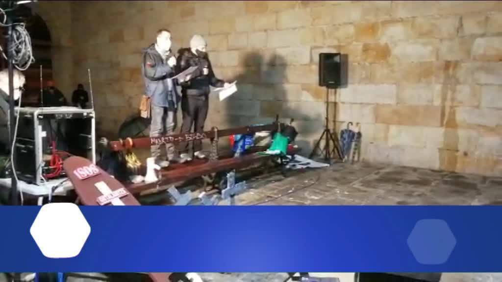 HILABETEZ ITXITA DAUDELA SALATZEKO EKITALDIA BURUTU DU SOS OSTARALRITZAK