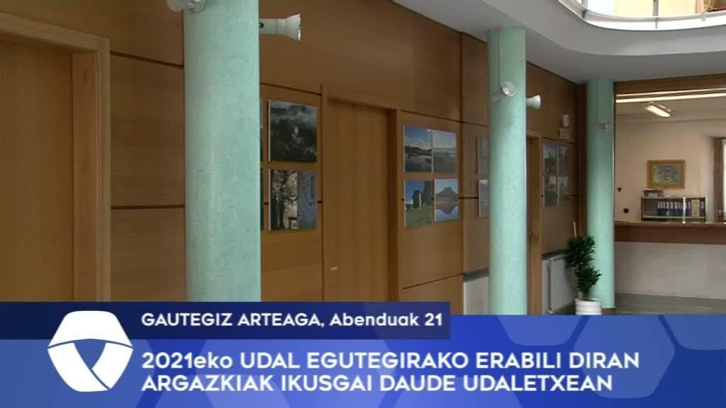 Gautegiz Arteagako 2021eko udal egutegirako erabili diran argazkiak ikusgai daude Udaletxean