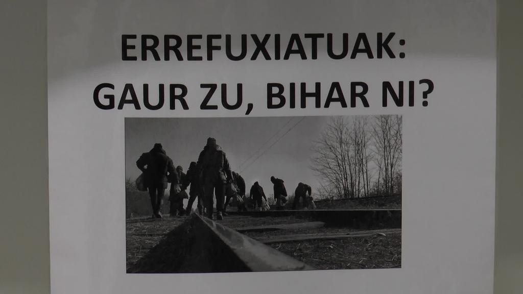 """""""Errefuxiatuak: Gaur zu, bihar ni?"""" erakusketa ikusgai Plazida Otaño liburutegiko erakusketa aretoan"""