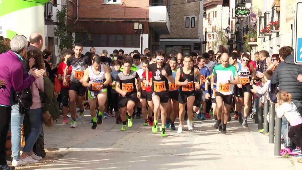 Laugarren urtez Kros Solidarioa egin zen Asteasun eta 100 parte-hartzailetik gora bildu ziren
