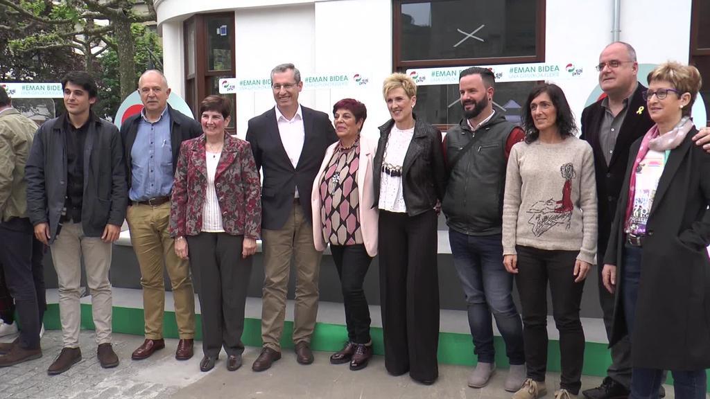 Eskualdeko alkategaien jendaurreko aurkezpena  egin du EAJk