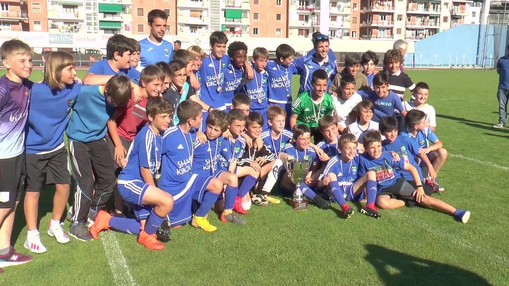 VI. Urtzi Gurrutxagaren memoriala Tolosa CF-ko jokalariek irabazi zuten Beasainen aurka 3-0 irabazita