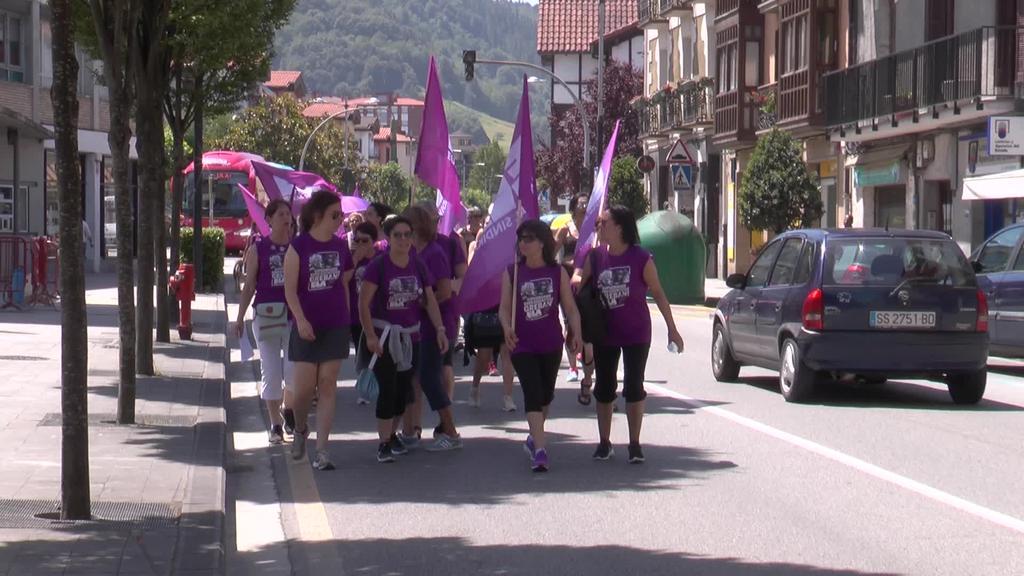 Gipuzkoako erresidentzietako langileen Zaintza  martxaren 3. etapa Tolosatik Amasa-Villabonara egin dute