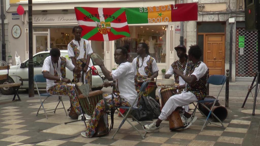 Senegalgo kultura ezagutzeko aukera izan da Tolosan
