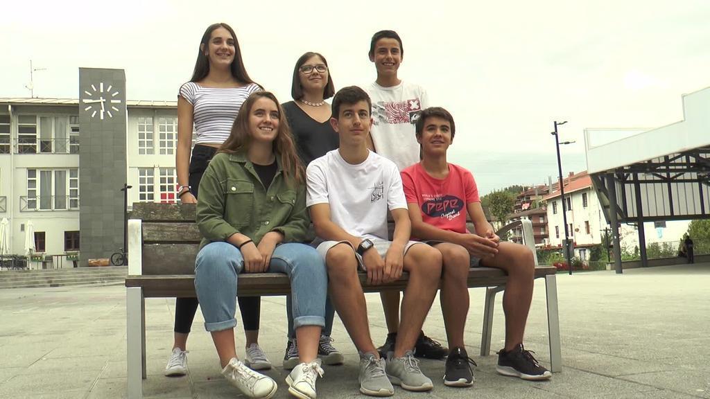 Erasmus + hizkuntza gutxituei buruz hausnartzeko  egonaldietan parte hartuko dute Zizurkilgo 8 ikaslek