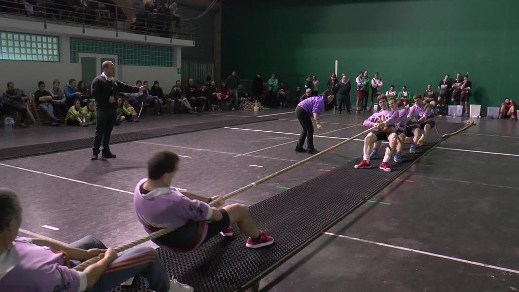Sokatirako Euskal Herriko 4x4 Txapelketako finalean bigarren sailkatu ziren Ibarrako neska zein mutilak
