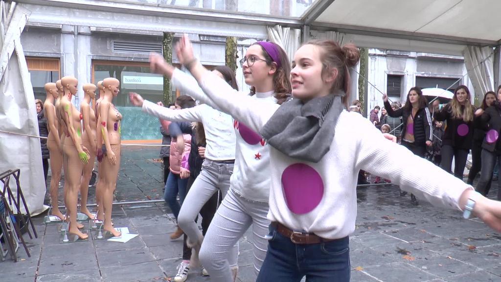 """""""Ezetz da ezetz""""  flashmoba"""
