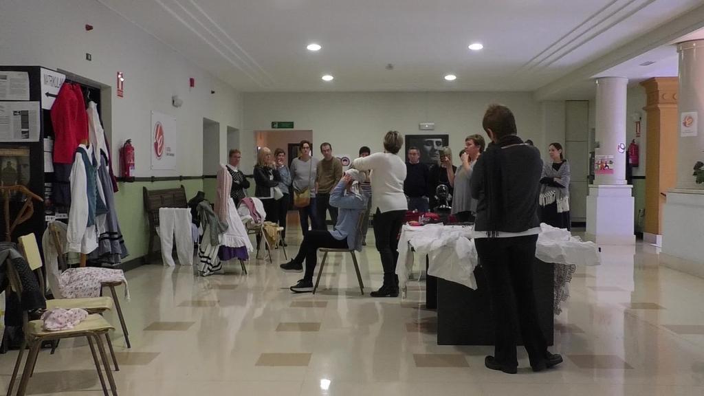 Euskal jantzien inguruko ikastaroa egin dute Aitzol  Udal Euskaltegian