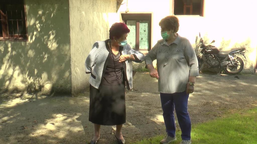 Koronabirusaren alde ilunak zer ikasia eman die Marimi Ugalderi eta Maripaz Armendarizi