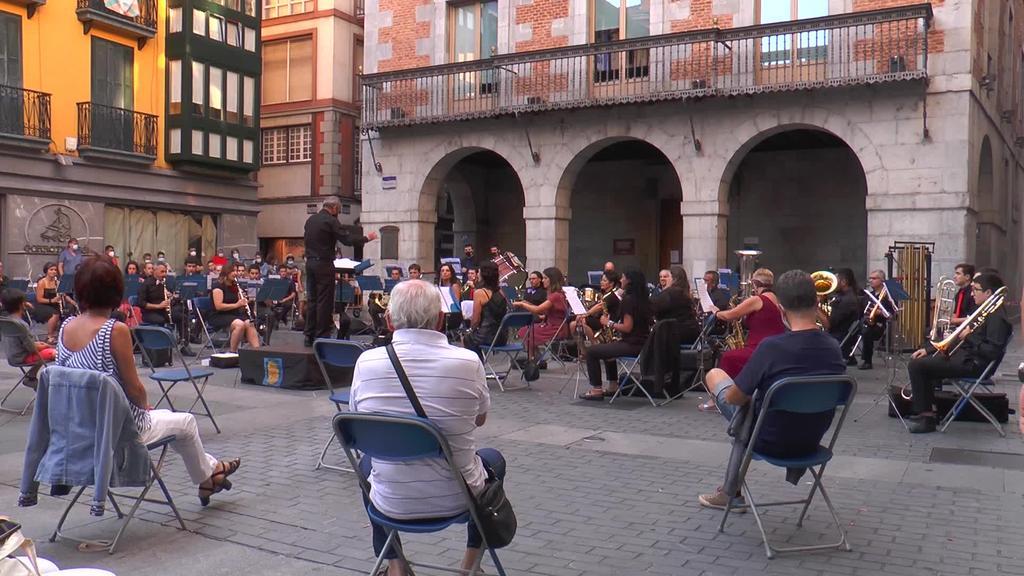 Tolosako Musika Bandaren kontzertua Plaza Zaharrean