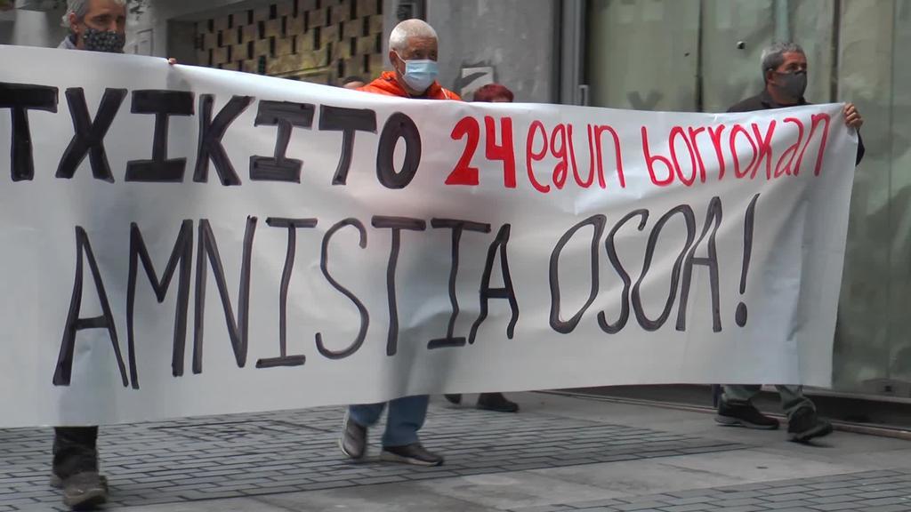 Triangulotik manifestazioa egin da Iñaki Bilbao, Txikito, preso politikoaren defentsan
