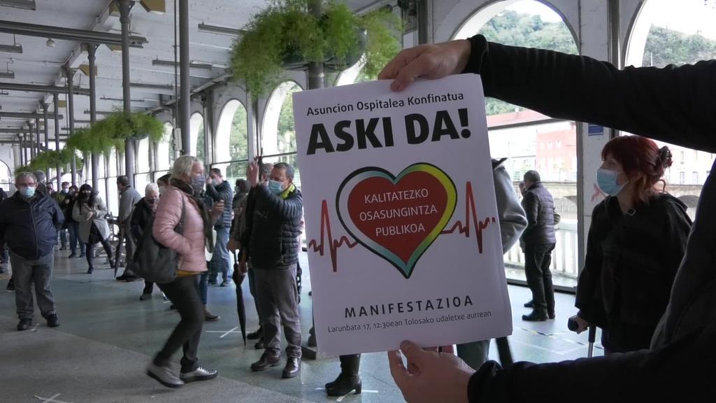 Kalitatezko osasungintza publikoaren alde argazki masiboa
