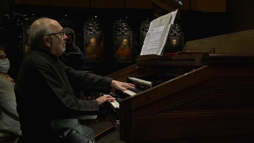 Esteban Elizondo Iriarte organistak kontzertua eskaini zuen Santa Maria elizan