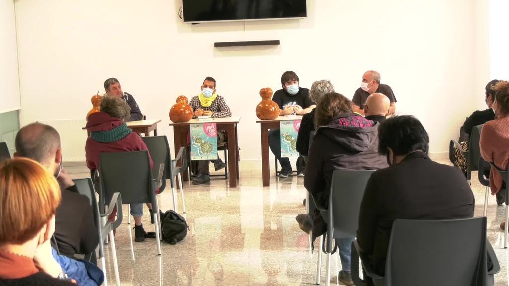 Ahoz-Aho jaialdiaren barruan, Euskal Kontalarien Topaketa egin zuten