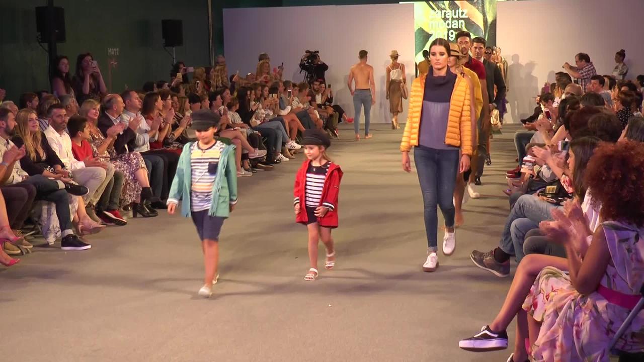 Zarautz Modan, Zarauzko moda-desfilea