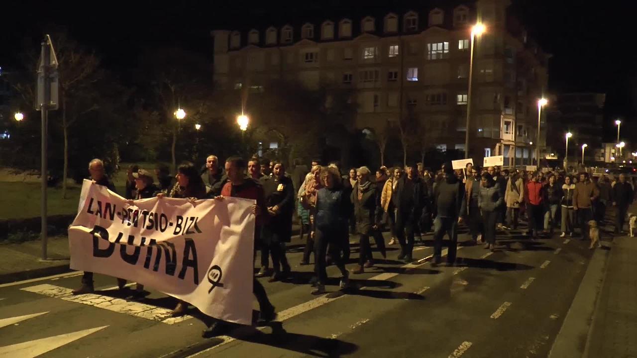 Mila herritar baino gehiago bildu da arratsaldeko   manifestazioan