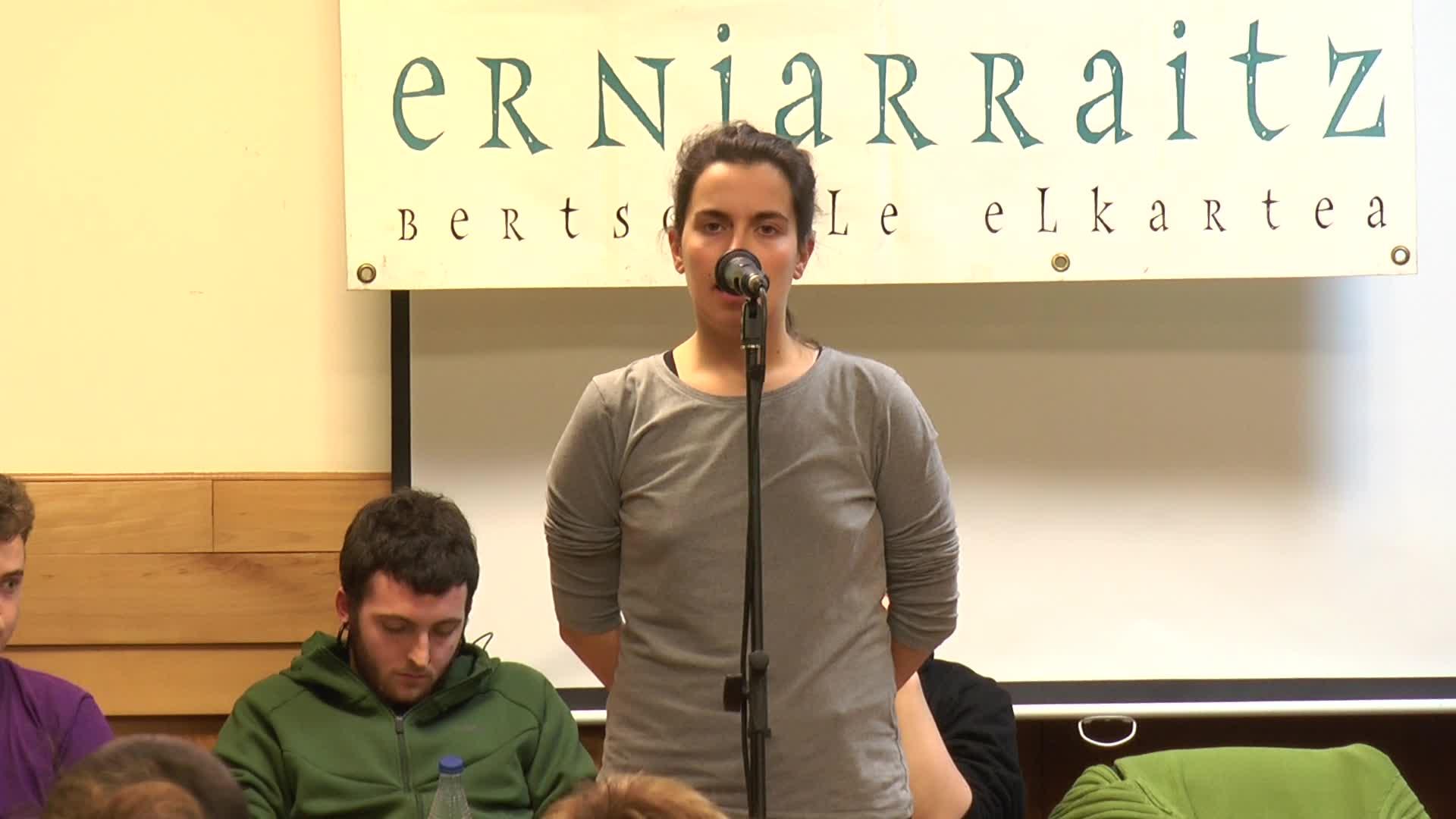 Errezilgo Borondegin jokatu dute X. Erniarraitz txapelketaren lehen kanporaketa