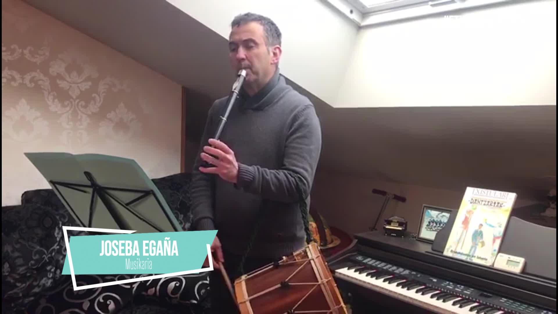Joseba Egaña musikaria, etxetik mundura