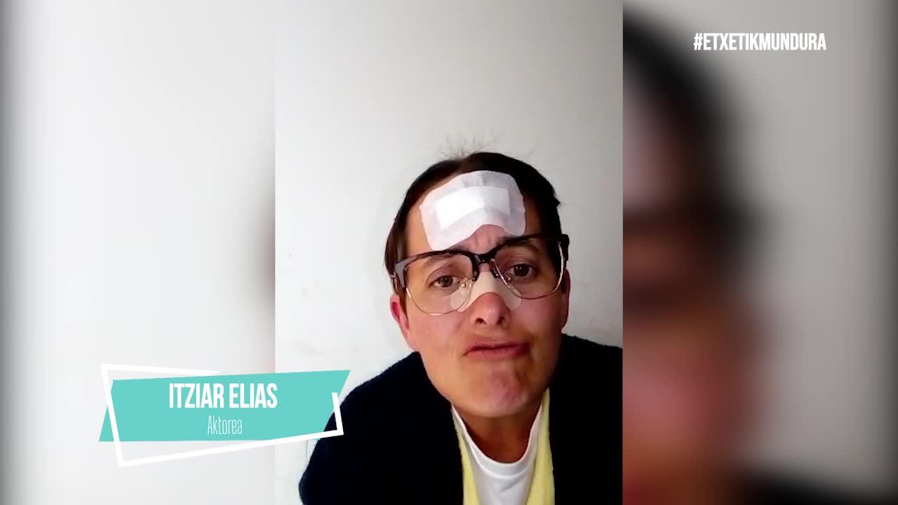 Itziar Elias aktorea, etxetik mundura
