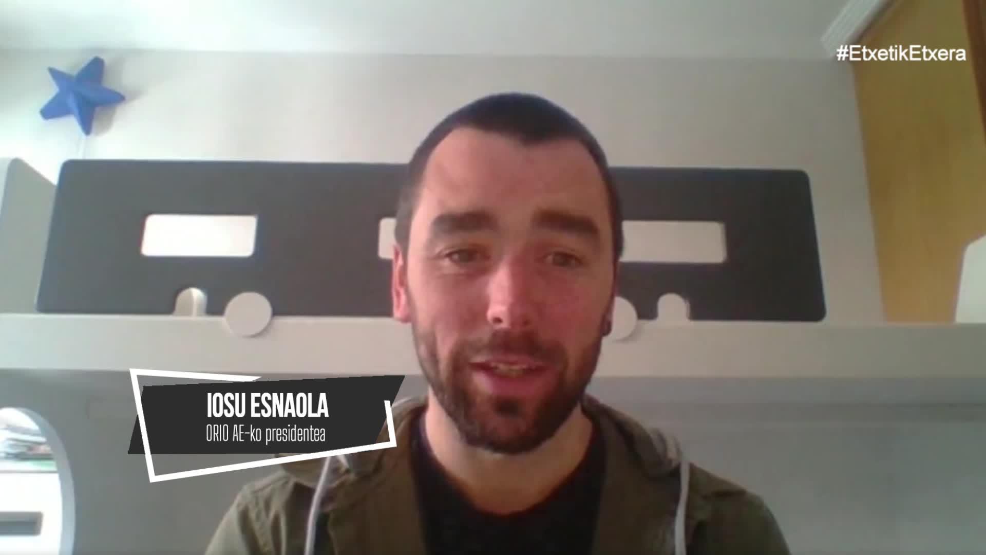 Iosu Esnaola, etxetik etxera